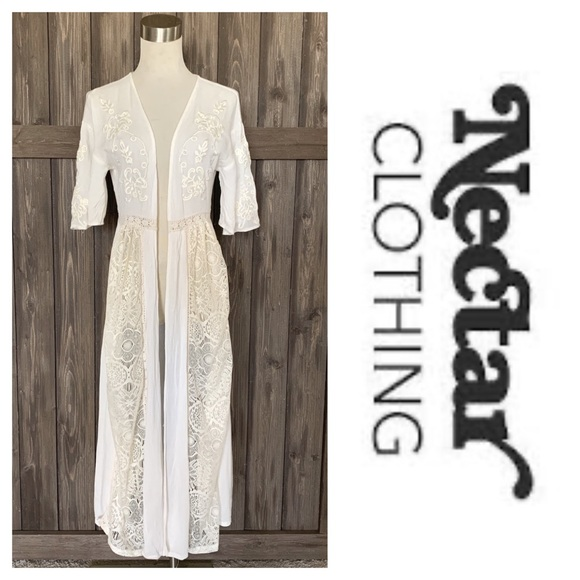 Nectar Clothing Tops - Nectar Clothing Boho Lace & Embroidery Duster (S)